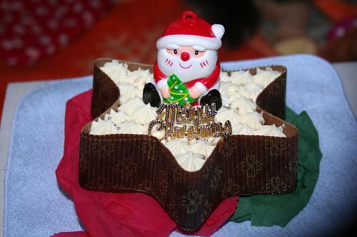 12.24モコのケーキ