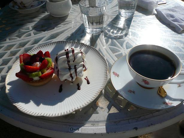 2.16いちごのタルトとコーヒー