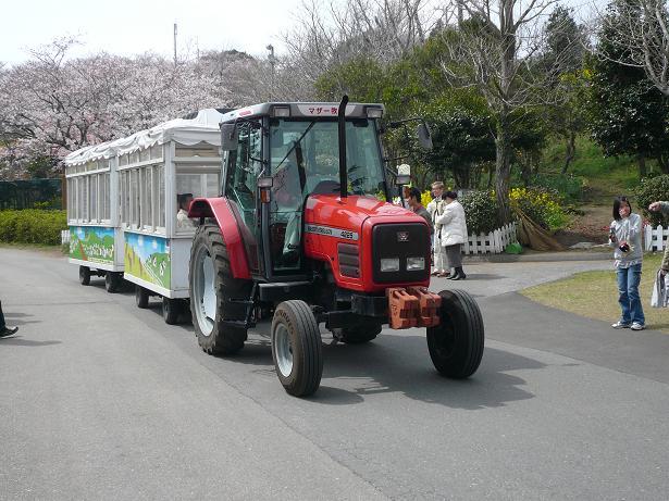 4.2トラクターバス