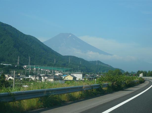 7.25高速からの富士山