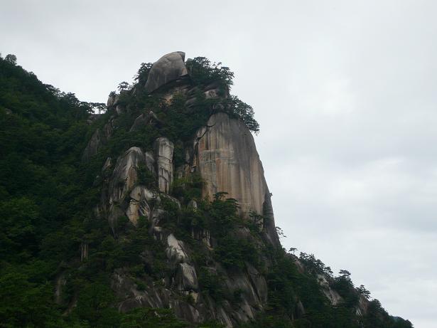 8.30すごい岩