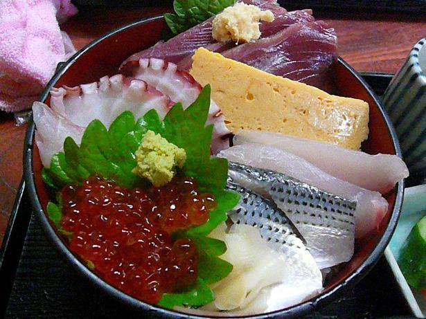 10.26ランチ海鮮丼