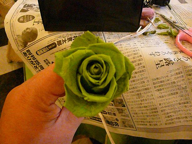 1.22バラを開かせる