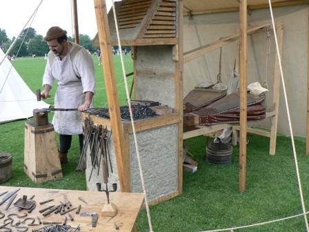 Medieval craftman1