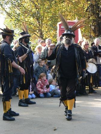 witchmen dancers