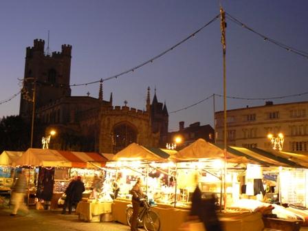 ケンブリッジ市場夜景