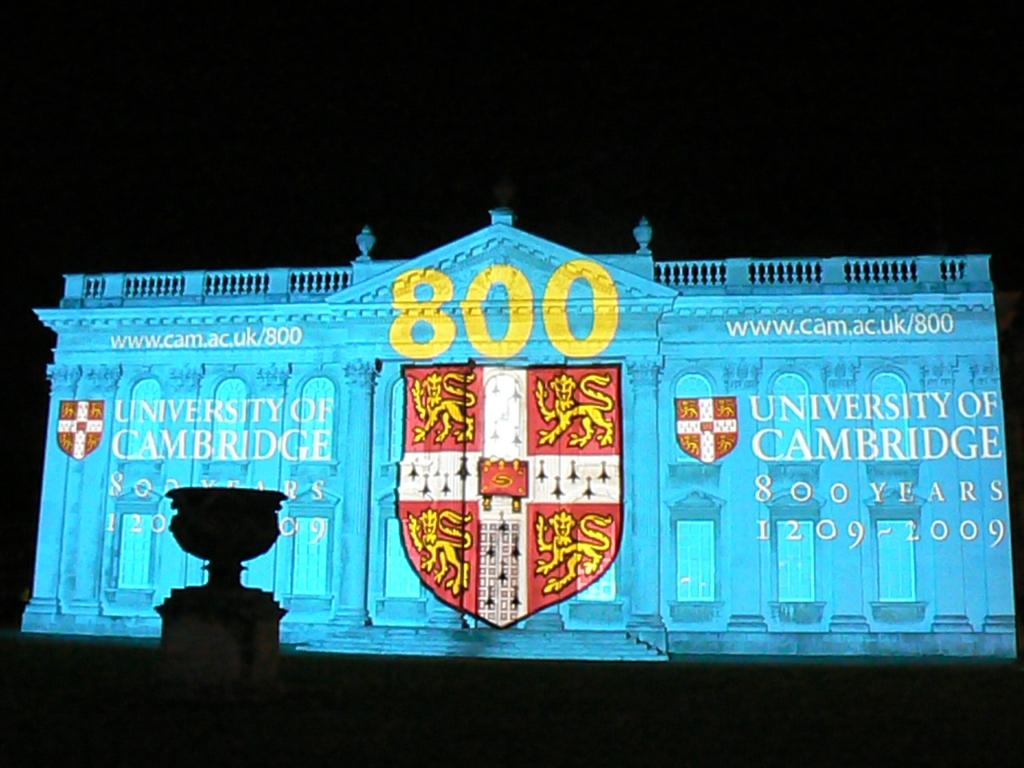 ケンブリッジ大学800周年