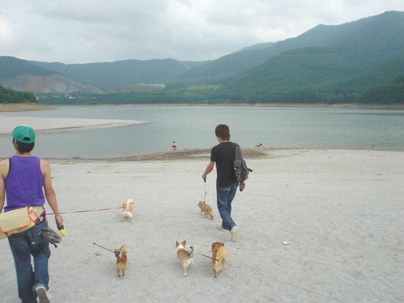 カナヤマ湖