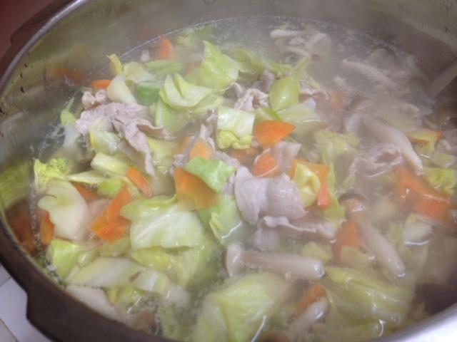 豚肉野菜も