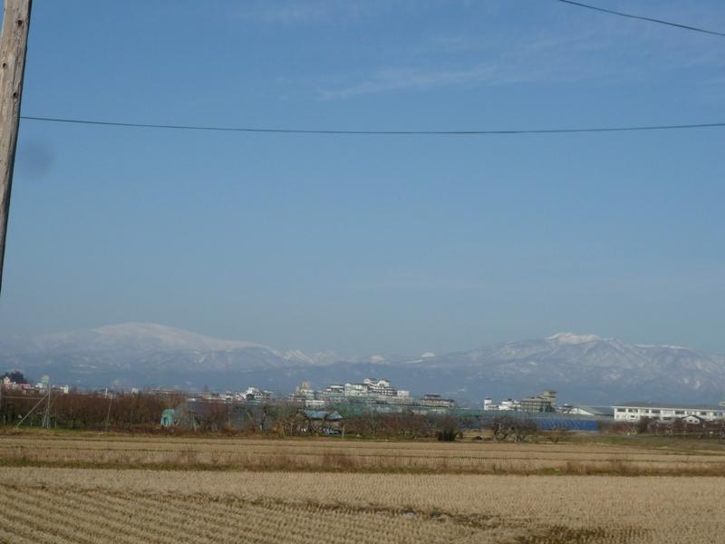 月山と鳥海山